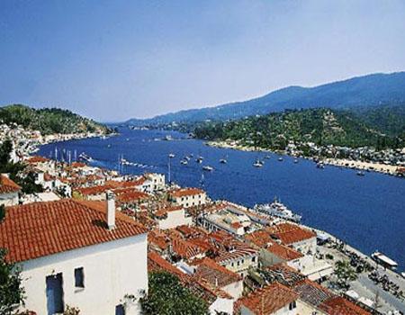 艾伊娜岛位于靠近雅典的海湾中,是一个可爱的小岛,盛产开心果味道很香