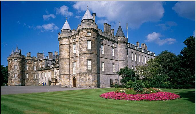 城堡俯视结构图